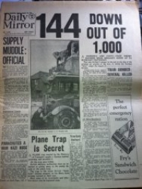 BATTLE OF BRITAIN NEWSPAPER  (DAILY MIRROR) 16TH AUGUST 1940