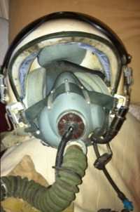 USSR �COLD WAR� (1960�s-1970�s) Complete MIG Helmet & Oxy Mask