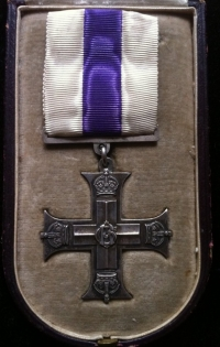 MILITARY CROSS (SINGLE WITH CASE) George V