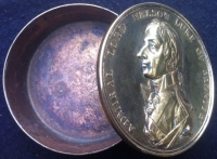 "A RARE & ORIGINAL EARLY 19th Century ""HORATIO NELSON"" COMMEMORATIVE  BRASS SNUFF, TOBACCO OR TRINKET BOX.
