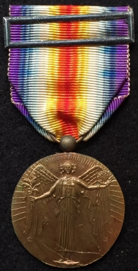 A VERY SCARCE PORTUGESE ALLIED VICTORY MEDAL ON ORIGINAL RIBBON WITH ORIGINAL CLASP. Lovely EF+
